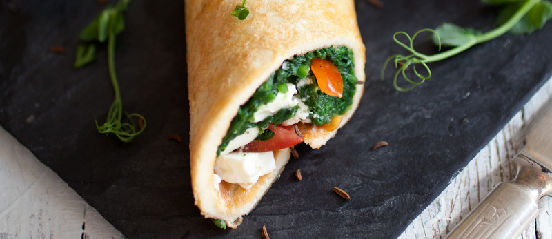 Spinach and feta omelette rolls